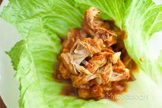 Pulled chicken (hét alternatief voor pulled pork) Pulled Chicken Recipes, Slow Cooked Chicken, Oven Chicken, How To Cook Chicken, Healthy Slow Cooker, Slow Cooker Recipes, Food Blogs, Pulled Pork, I Foods