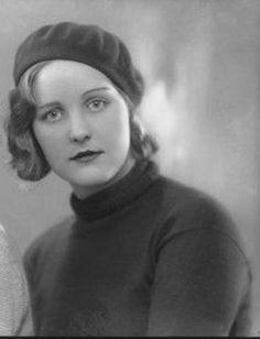 Unity Valkyrie Mitford con i suoi grandi occhi azzurri e cristallini chiari era di statura giunonica