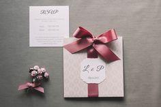 Pink, elegant, hand made, pastel, reps ribbon wedding invitation by Cudowianki / Zaproszenie ślubne z eleganckiego perłowego papieru z różową rypsową wstążką. #ribbon #wedding #weddinginvitation #invitation #pink #elegant #elegantwedding #romantic #glamour
