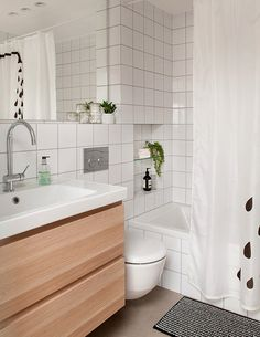 הדירה ברמות צהלה תוכננה ועוצבה בסגנון סקנדינבי – בהירה, מעודנת, רעננה וחמימה, בקווים נקיים ומוקפדים ובסקלת צבעים מונוכרומטית