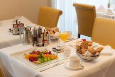 Breakfast in the Ambassador restaurant. Restaurant Restaurant, Vienna, Breakfast, Morning Coffee