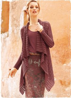 Cascading in lace columns of Rouge pima, our breezy cardigan is graced with a waterfall collar and angular hem.