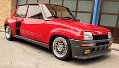 old cars videos and photos from the eighties Car Videos, Old Cars, Cars And Motorcycles, Vehicles, Hot, Style, Renault 5, Swag, Stylus