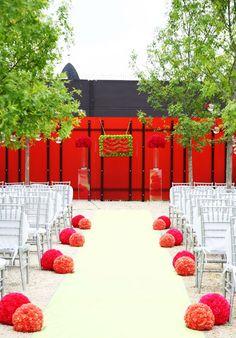 modern aisle for wedding