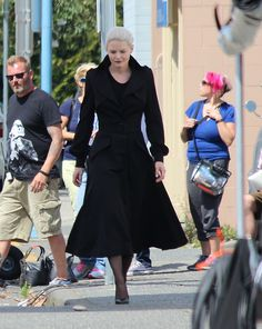 Jennifer Morrison on set (July 22, 2015)