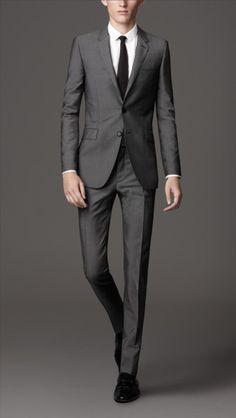 burberry-mid-grey-slim-fit-wool-mohair-suit-product-1-6384930-697660160_large_flex.jpeg (338×600)