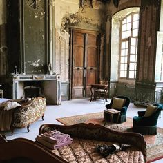 First eve of Messors Decorative Restoration workshop at Chateau de Gudanes @chateaugudanes.