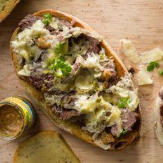 Brisket Bruschetta #Lunch #Recipe #Bruschetta #SouthAfrica