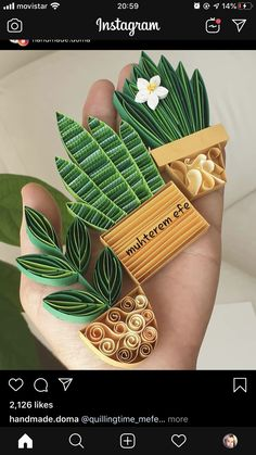Quilled Paper Art, Paper Quilling Cards, Paper Quilling Flowers, Paper Quilling Tutorial, Paper Quilling Patterns, Paper Quilling Jewelry, Origami And Quilling, Quilling Work, Quilling Paper Craft