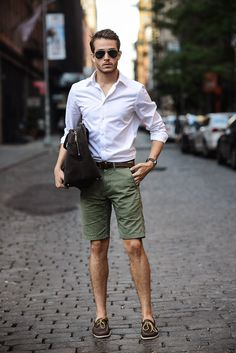Shorts- Denim & Supply, Shirt- HM, SHOES- Sperry Topsider, Sunnies- 80spurple, Bag- Jack Spade
