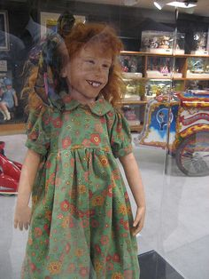 Dolls r creepy but this doll sent cold shivers up my spine!! I mean, really?? Who thought this doll was anything but nightmare inducing?