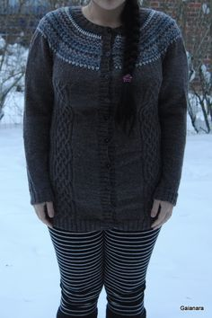 Knitted jacket from alpaca wool (front)