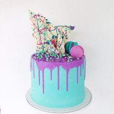 Blue and purple drip cake ♥
