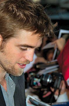 Beautiful scruff-a-licious perfection!! *sigh*
