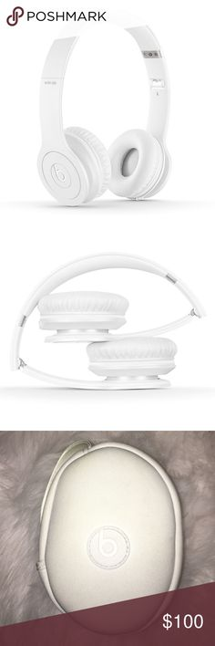 beats by dre headphones white solo hd beats. no marks on the headphones. however, the volume button does not work on the wire because of a shortage but you can't tell (see last photo). comes with the case! price is negotiable Other