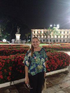 Praça Frei Caetano Brandão. Noite