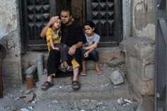 100,000 Gazans Told to Flee as Both Sides Press Attacks By JODI RUDOREN and ANNE BARNARDJULY 16, 2014