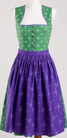 I love this dirndl~!