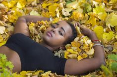 Min favorit från dagens modellfotografering! Modell: Malyun Ali #autumn #beautiful #model #modell #eyes #instalike #linköping #östergötland #modellfoto #portrait #porträttfotograf #leafs #colors #höst #foto #canon6d #canonphotography #jonas_fotograf @Malyunhnysweet