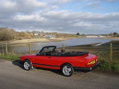 my first convertible.I really miss this car Saab 900 Convertible, Saab Automobile, Saab Turbo, Volvo, Cool Cars, Dream Cars, Euro, Vehicle, Classic Cars