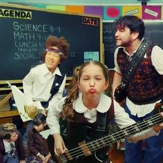 Alex Brightman & the School of Rock Kids Go 360 in Interactive Music Video; Check Out Our Favorite Moments!