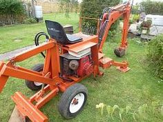 Mini Digger by flo -- Hi     1. looking to add hydraulic leg stabilisers at the front  2. a new 13hp petrol engine with electric start (got), existing G400 honda engine is old but runs, but all depends on the shafts dimensions to the hydraulic pump, dont know yet as the machine is still being used, also the engine is sited on the right hand side (under your right leg, not like some others were the engine is at the rear) so cannot get in to see the info on the engine, also the red starter...