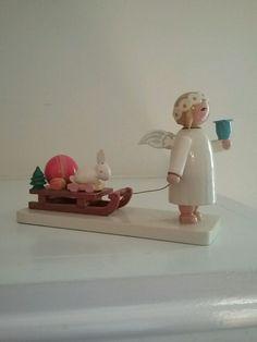 VTG Wendt Kuhn ERZGEBIRGE Angel Pulling Wagon Candle Holder Christmas Figurine