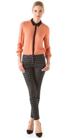 Gillian Silk Blouse : peach and black blouse Checkered Trousers, Corporate Wear, Cool Outfits, Fashion Outfits, Classic Wardrobe, Work Chic, Business Fashion, Black Blouse, Jeans