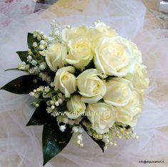 bouquet rose bianche with lily of the valley~