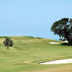 Serenity on the golf course.  #bermuda #ahhbermuda #wearebermuda #gotobermuda #thegolfingthing #thetravellerslist #golf #golfing #golfcourse by docsirishpub