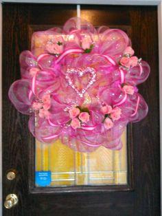 Pink valentine wreath