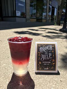 Mmmmmmm.. stop by Tea'se Tea Shoppe in Portage Park and try this amazing Guava Strawberry tea-lemonade!  #tea #teashop #looseleaf #herbaltea #greentea #blacktea #rooibostea #whitetea #yerba #ordertheyelp #teastagram #tealemonade #chicago #chicagosbest #portagepark #shoplocal #drinkhealthy #healthylifestyle