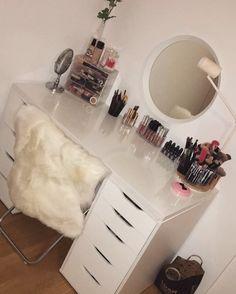 makeup Vanity Alex drawers