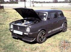 Check out this South African Roof Chopped, De-Seamed & Body Kitted Modified Mini Monday beasty!