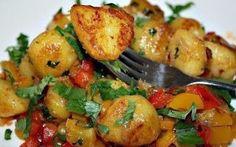 Поварешки: Острая картошка с болгарским перцем