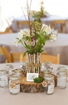 Rustic Country Weddings Rustic Wedding Ideas: We love this rustic centerpiece! Photographed by Matt and Jentry: Photographers (via Rustic Wedding Chic) - Rustic Wedding Centerpieces, Wedding Table Centerpieces, Flower Centerpieces, Flower Arrangements, Wedding Decorations, Centerpiece Ideas, Rustic Wedding Flowers, Chic Wedding, Floral Wedding