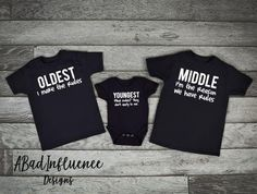 All of Abadinfluence T shirts are high quality, trendy, and affordable. They are the softest, most comfortable t-shirts out there. All T-shirts are made with the highest quality vinyl and industrial heat Press. Please note these shirts are unisex . Twin Baby Clothes, Winter Baby Clothes, Big Sister Big Brother Shirts, Baby Sister, Big Brother Announcement Shirt, Best Friend Outfits, Sibling Shirts, Take Home Outfit, Little Sisters