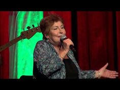 Helen Reddy - I Am Woman - March 2013 - Still an Awesome voice!