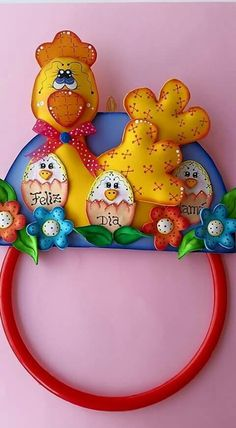 Porta pano de prato Foam Crafts, Diy And Crafts, Diy Pallet Projects, Projects To Try, Bulletin Board Design, Ideas Para Fiestas, Mom Day, Classroom Decor, Special Day