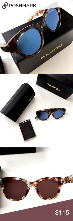 New Wildfox Monroe Retro Sunglasses Gender: Women's  Name: Monroe  Style: Retro  Size: 49-21-150mm (eye-bridge-temple)  Frame Material: Acetate  Frame Color: Coconut  Lens Material: Scratch-resistant  CR-39 - Lens Color: Smoke mono lens Protection: 100% UV  Arms:  Brown and transparent acetate  Case/Box/Cloth included  No Returns  Imported No trades  Retails at $199 Wildfox Accessories Sunglasses