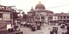 After walking the short stretch of the Escolta, I found myself right in front of the Santa Cruz church. It's quite the intersection there…where the Escolta spills out to either P… Back In Time, Pinoy, Manila, Philippines, Taj Mahal, Past, Street View, Building, 1930s