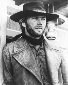 Clint Eastwood - High Plains Drifter Movies Photo - 28 x 36 cm