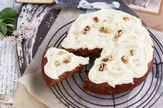 Pineapple gives carrot cake a fresh flavour and the cream cheese icing is to die for! Round Cake Pans, Round Cakes, Dessert Cake Recipes, Desserts, Icing Recipes, Lemon Cream Cheese Icing, Chocolate Slice, How To Make Biscuits, Sugar Frosting