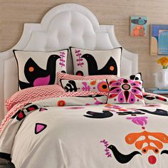 Everything imaginable for your child's room! Kids furniture is our business and we have an unrivaled collection. Find high-quality furniture, art, bedding, decor and rugs at Rosenberry Rooms!
