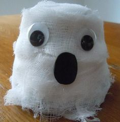 Halloween decoration craft; spooky cheesecloth ghost decoration