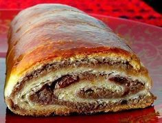 Fina štrudla sa orasima i čokoladom moja dobitna kombinacija Albanian Recipes, Bosnian Recipes, Croatian Recipes, Bakery Recipes, Gourmet Recipes, Dessert Recipes, Cooking Recipes, Healthy Recipes, Kolachi Recipe