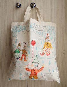 How to Personalize a Canvas Tote Bag | Summer crafts, Craft and ...