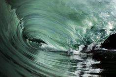 Впечатляющие волны острова Таити « FotoRelax