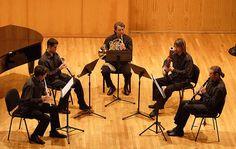 La pentafonia rappresenta il sistema tonale costituito da una serie di cinque suoni. Pratiche pentafoniche si hanno nella più remota civiltà ellenica, in
