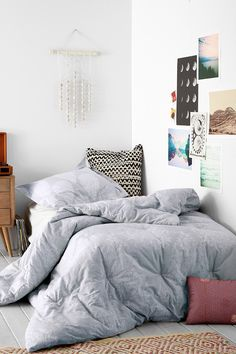 Simple room (urban outfitters)